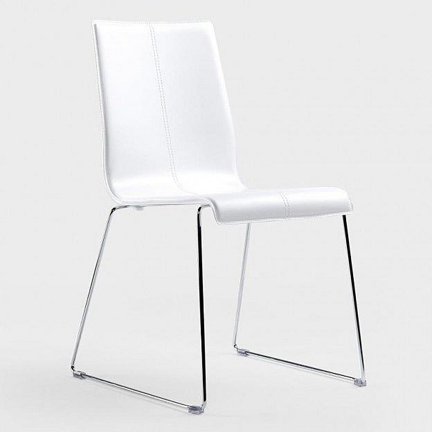 Stuhl mit Kufengestell Leder/Stahl verchromt