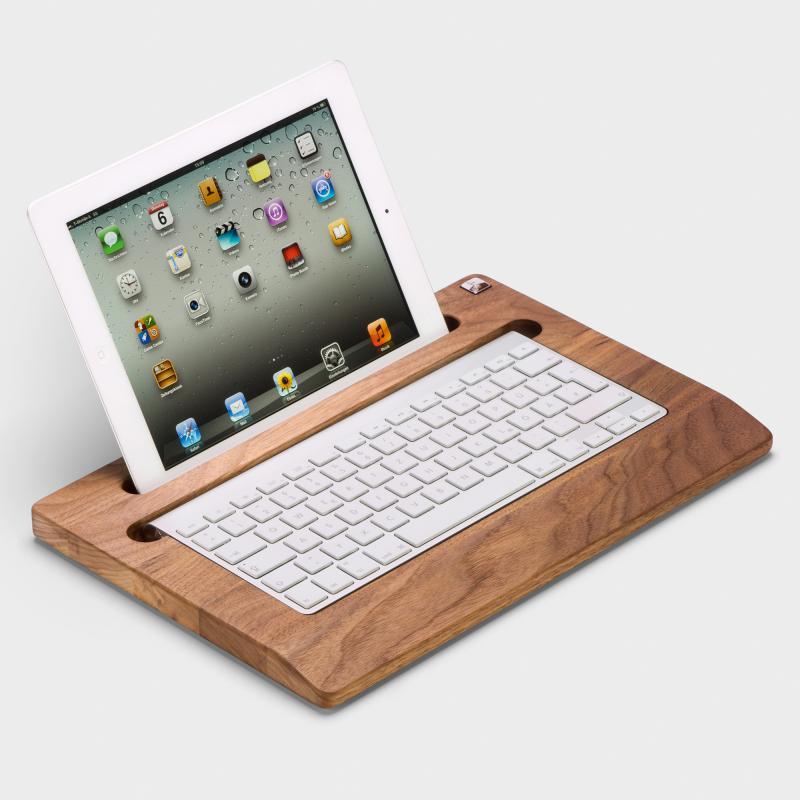 biber umweltprodukte halterung f r ipad und tastatur nussbaumholz online bestellen. Black Bedroom Furniture Sets. Home Design Ideas